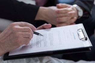 writing a will, estate planning lawyer, legal will